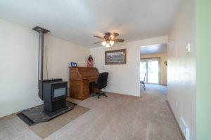 16168 Hawks Lair Rd La Pine OR Pellet Stove
